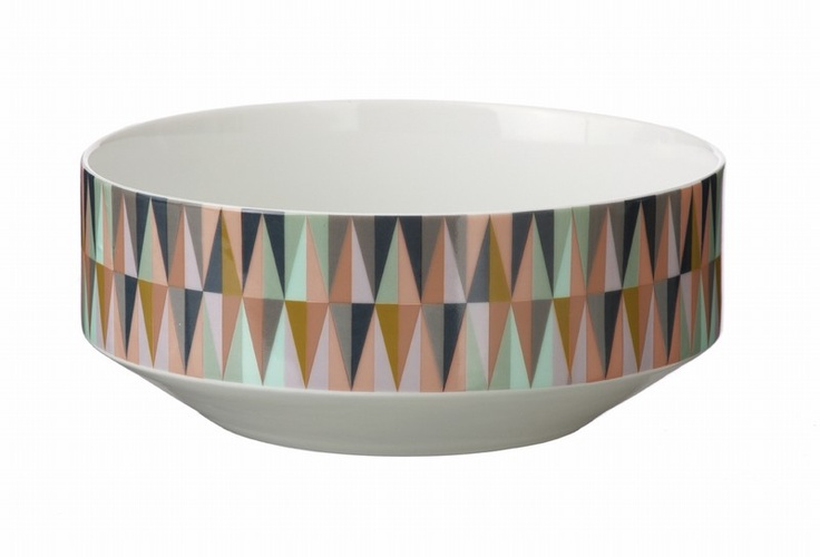 Could there be something possibly more hip right now than this bowl? Love the colors.
