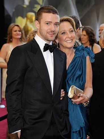 JT and his mum. CelebCon - Stars with their mums | News.com.au