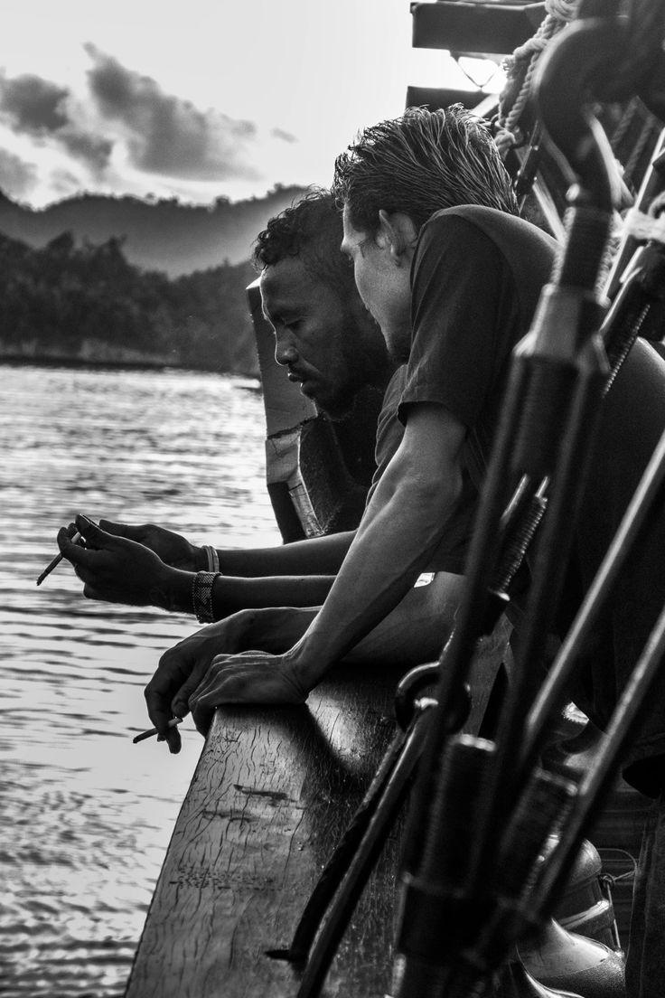 La Galigo: The crew shots #crew #lagaligo #lagaligoliveaboard photo by Paul Winthrop