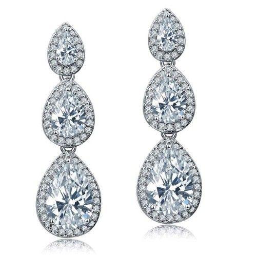 cercei mireasa cu cristale http://www.bijuteriifrumoase.ro/cumpara/cercei-lungi-eleganti-mireasa-3309