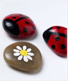 Lady Bug Rocks: Crafts Paintings, Painted Stone, Paintings Rocks, Paintings Stones, Bugs Rocks, Ladybugs, Artsy Crafty, Lady Bugs, Rocks Paintings