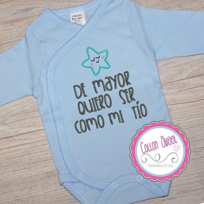 Bodys de bebé personalizados con frases clásicas o divertidas bordadas. Sorprende a sus papás con tu regalo único y original.