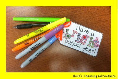 FREE Classroom Freebies: Attach these labels for a quick back to school welcome gift