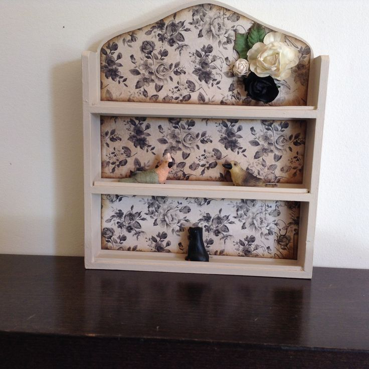 Altered shelf for my miniatures