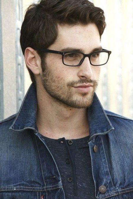 Haarschnitte Für Männer Mit Brille Bilder Männer Frisuren