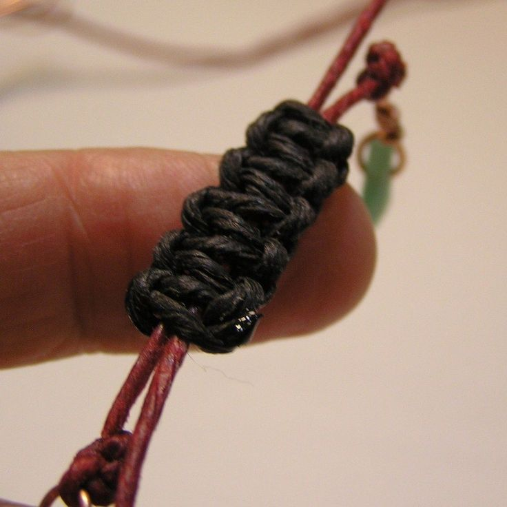 Sliding macrame knot - perfect for making pretty bracelet closures that are adjustable!