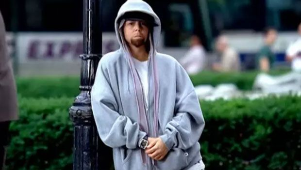 """Eminem Is Transforming Into Mariah Carey Dressed As Eminem — See Pics https://tmbw.news/eminem-is-transforming-into-mariah-carey-dressed-as-eminem-see-pics  Mind = blown. Eminem nearly broke the internet when photos surfaced of him rocking a beard, but now fans are going wild for a new reason. Eminem looks almost identical to Mariah Carey dressed as him in her music video 'Obsessed.' Check it out!Eminem , 44, was known for his edgy styleand buzzed platinum hair during the """"The Real Slim…"""