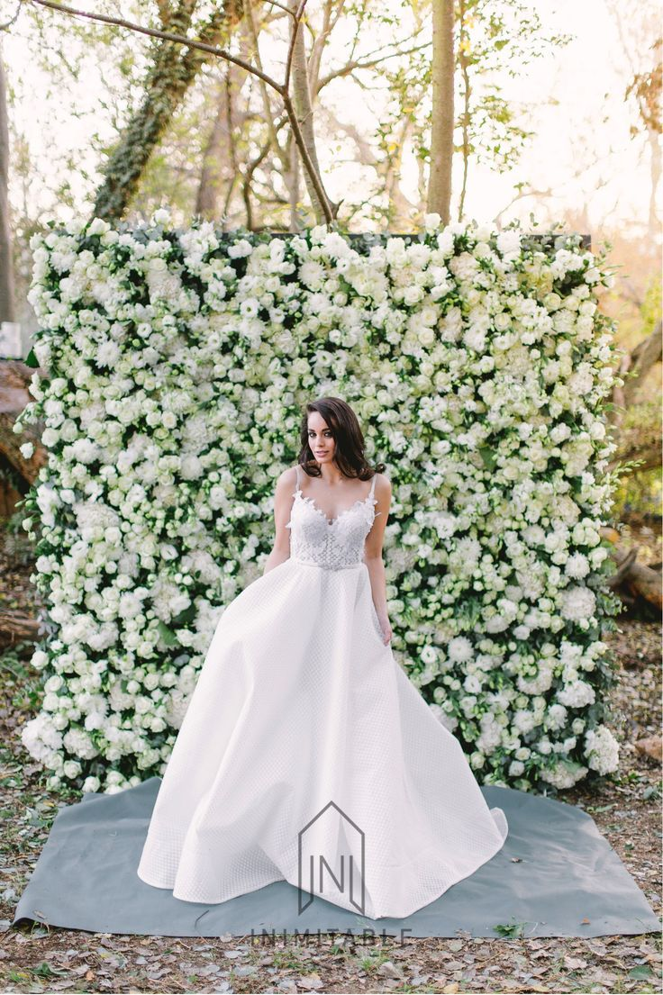 Just look at this incredible styled shoot we had at our venue..   Photography: @genevieve_fundaro  Hair and Make-up: @refinerythe  Dress: @calegrabridal  Floral Design: @zavionkotzeeventscompany  Venue: @inimitable_wv   #luxury #luxuryvenue #luxeweddings #luxewedding #flowerwall #allwhite #bride #bridal #floraldesign #bouquet flower wall, bride, white and green flowers, roses, wall of flowers, forest, dress, wedding day