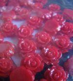 Trandafiri din rasina de 8mm - rosu