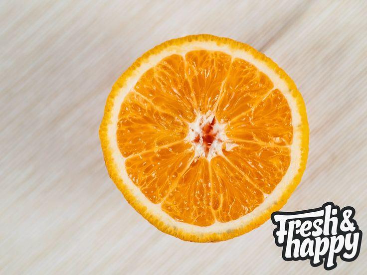 Sa nu uitam ca suntem in plina iarna si ca ar trebui sa profitam de prezenta citricelor. Acestea sunt bogate in flavonoizi care au proprietati anticancerigene.