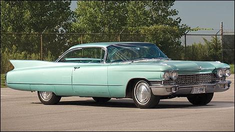 Cadillac Coupé DeVille 1960, couleur surf green  Is this closer?????