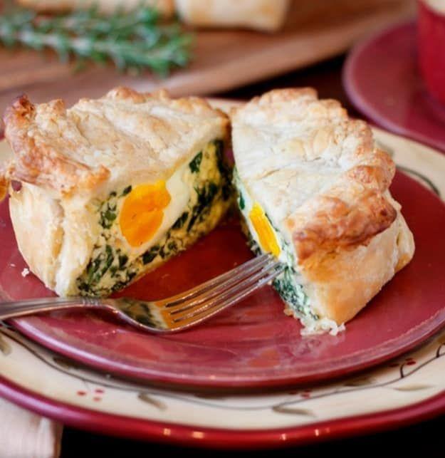 15 traditional easter dinner menu italian easter pie for Food for easter dinner