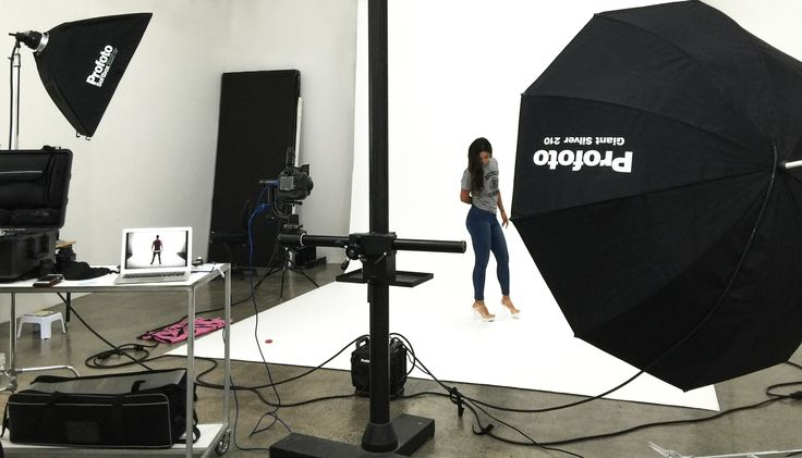 Hardly a stressful day when your tasked with shooting fitness models for one of New Zealand's best activewear brands. Even broke out the gigantic Profoto 210. https://www.productimage.co.nz/fitness-model-photographer