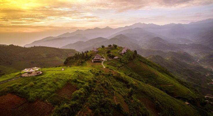 Vietnam, Sapa: Bo med udsigt til Sapas fantastiske bjerge og rismarker på Topas Ecolodge.