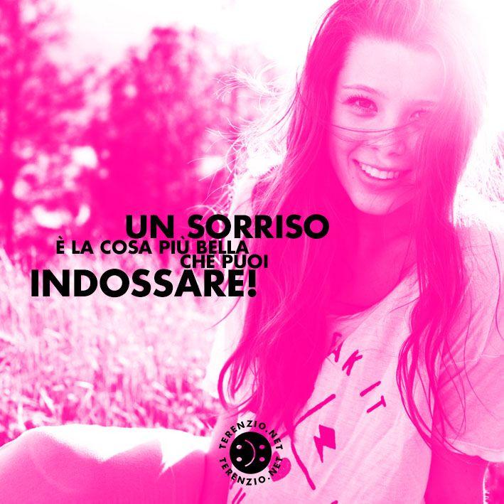 #68 #SorriderePerEssereFelici #SmileIsFashion www.felicementestressati.it