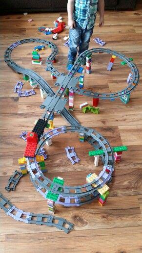 Leuke duplo baan om te maken met de kids. Duplo - Train - Lego Duplo