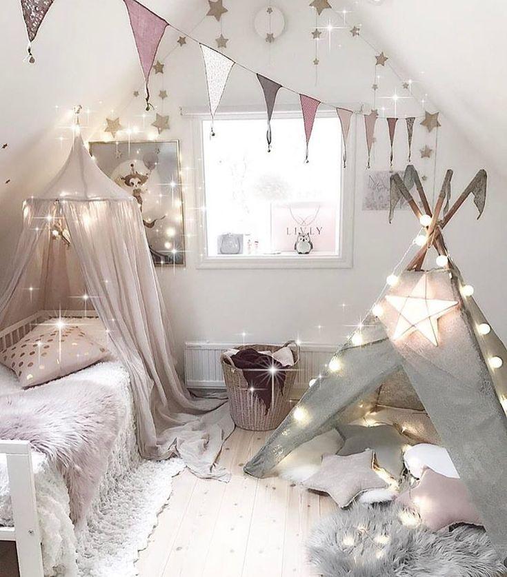 Love it 🙌 Twinkle twinkle ✨ By @villaskogshuset #twinkle #boysroom #gutterom #girlsroom #jenterom #interiør #inspo #barnerom #barneinteriør #barneinspo #barneromsinteriør #gravid #nyfødt #newborn #babyroom #barsel #mammaperm #mammalivet #småbarnsliv #interior #kidsinspo #kidsinterior #kidsdecor #nursery #nurserydecor #barnrum