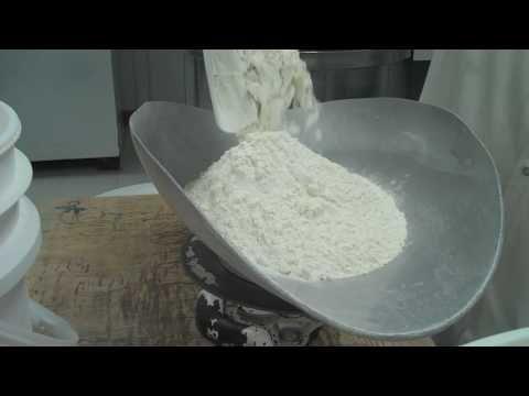 Seattle Bagel Bakery: Kettle Boiled Bagels - YouTube