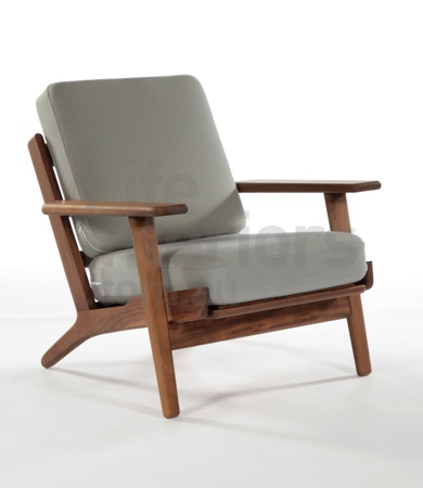 Replica Hans Wegner Collection | Save On Our Replica Hans Wegner Collection, Including The Replica Hans Wegner Plank Chair