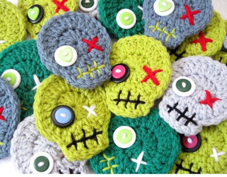Zombie Crochet Skull Pin Brooch Ornament - Halloween Decorations by Julian Bean-- provide crocheted or felt skull and let teens create their own faces