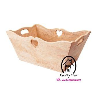 Op zoek naar een Hartjesbak naturel? Bij Saartje Prum vind je de leukste Manden & Zakken voor de kinderkamer.