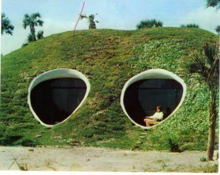 Earth sheltered underground houses