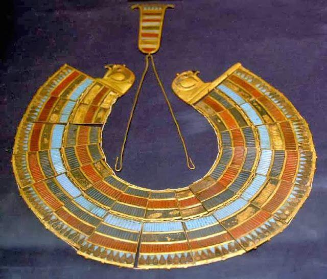 Resultado de imagem para arte do egito  joias