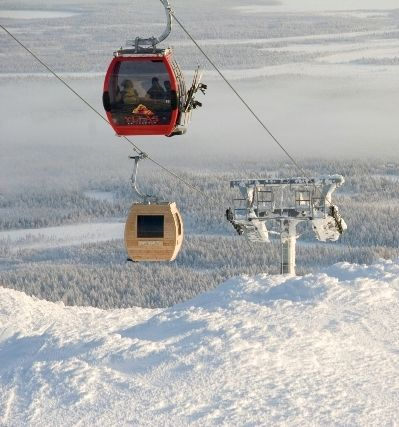 a ski gondola that's a sauna! or is it a sauna that's a ski gondola? anyway, it's in finland.