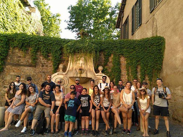 #Rome #Roma #free #freetourrome #airotour #tour #citytour #see #todolist #freetours #spanishtour #vatican #colosseo #saintpeter #spanish #spanishsteps #trevifountain #pantheon #espagnol #photooftheday #grouptour #travelling #jewishghettotour #entertainment#italia #italy #ruins #ancient #rometour #english