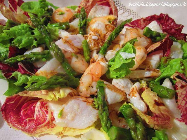 Briciole di Sapori           : Insalata con spigola, gamberi e asparagi all'Aceto...