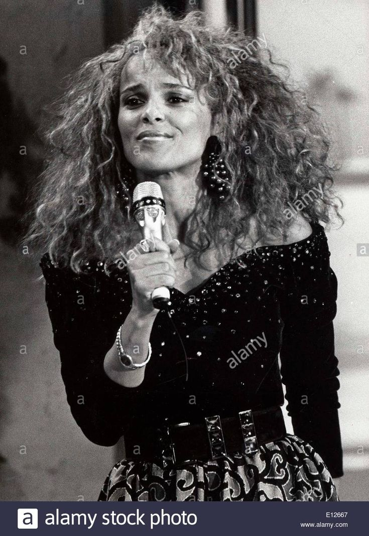 Download this stock image: Nov 5, 1989; Berlin, Germany; Actress SHARI BELAFONTE - E12667 from Alamy's library of millions of high resolution stock photos, illustrations and vectors.