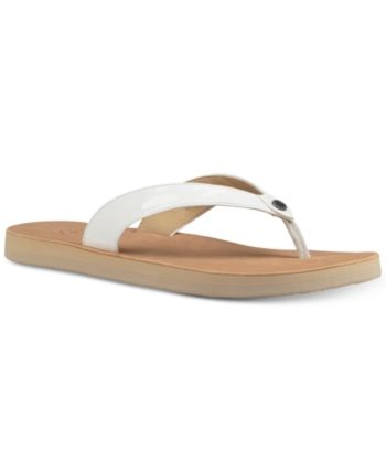98a708f614f Ugg Women's Tawney Flip-Flop Sandals - White 6 in 2019 | Products ...