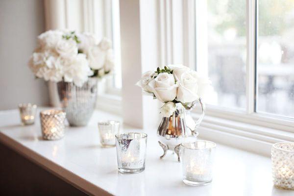 candlesDecor, Mercury Glasses, White Flower, Home Interiors, White Rose, Interiors Architecture, Candles, Windows, Flower Girls