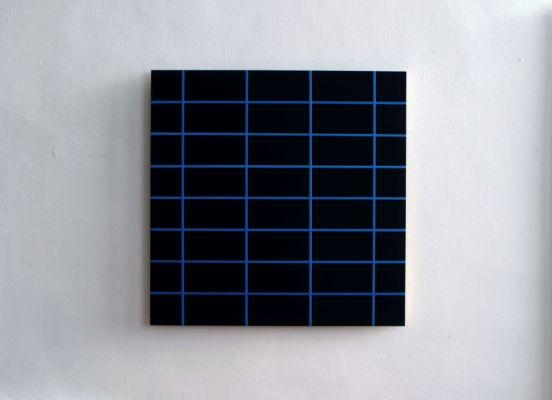 WINSTON ROETH Blue Light Dark, 2006 Tempera on MDF 86.4 x 86.4 cm  Courtesy: Bartha Contemporary Ltd., London. Copyright: Winston Roeth. Photo: Tom Moore, Beacon NY