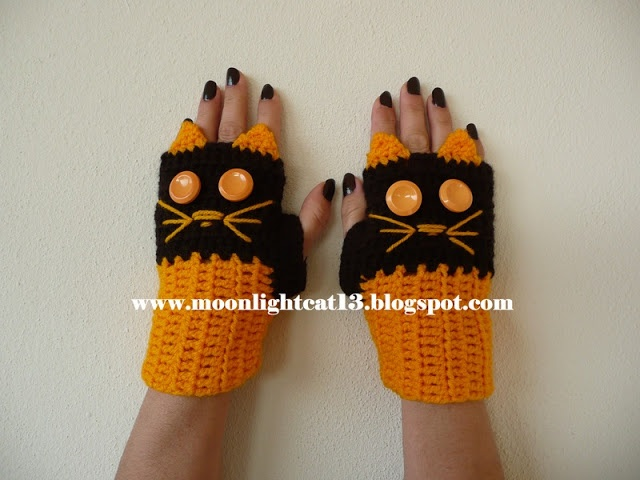 crochet cat gloves... cute for Halloween