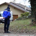 Triple meurtre de la Drôme. L'auteur présumé conduit en hôpital psychiatrique la veille du drame  http://www.letelegramme.fr/france/triple-meurtre-dans-la-drome-l-auteur-presume-conduit-en-hopital-psychiatrique-la-veille-du-drame-26-12-2016-11345398.php#SSGo0kgTJgrezADW.99pic.twitter.com/xaCBagNQF4