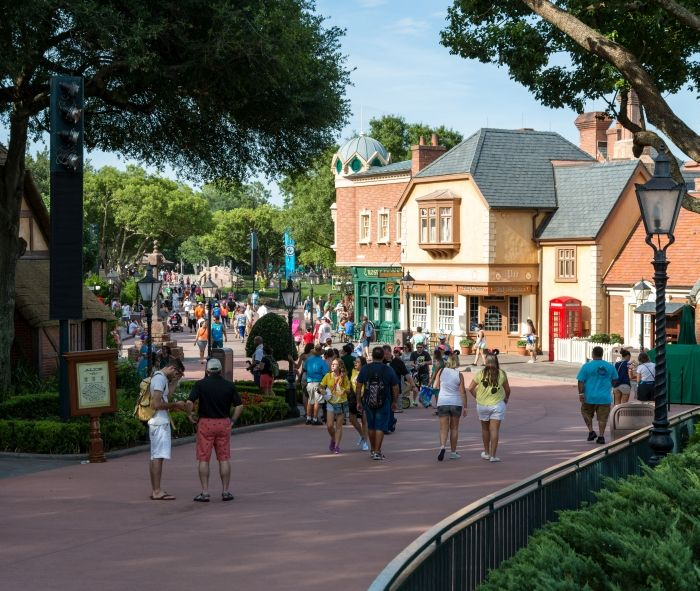 Epcot's France Pavilion Celebrates Bastille Day, Boulangerie Patisserie Review, Ratatouille Merchandise – 7/14/15 — easyWDW