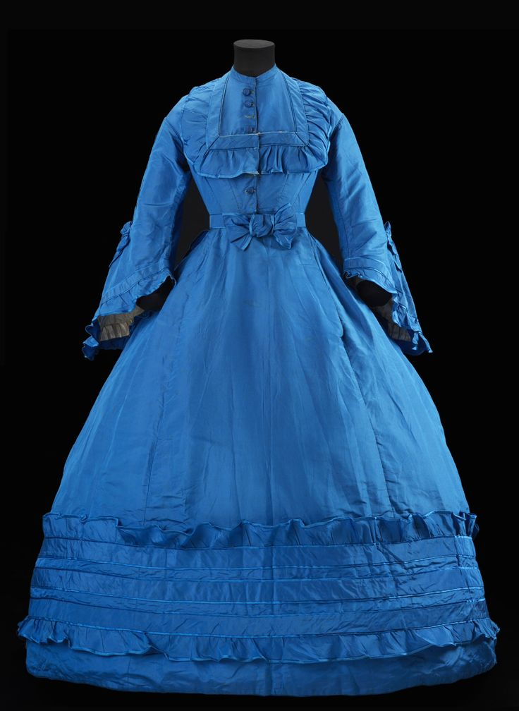 """Dress ca. 1866-67 From the exhibition """"A Century of Style: Costume and Colour 1800-1899″ at Glasgow Museums"""