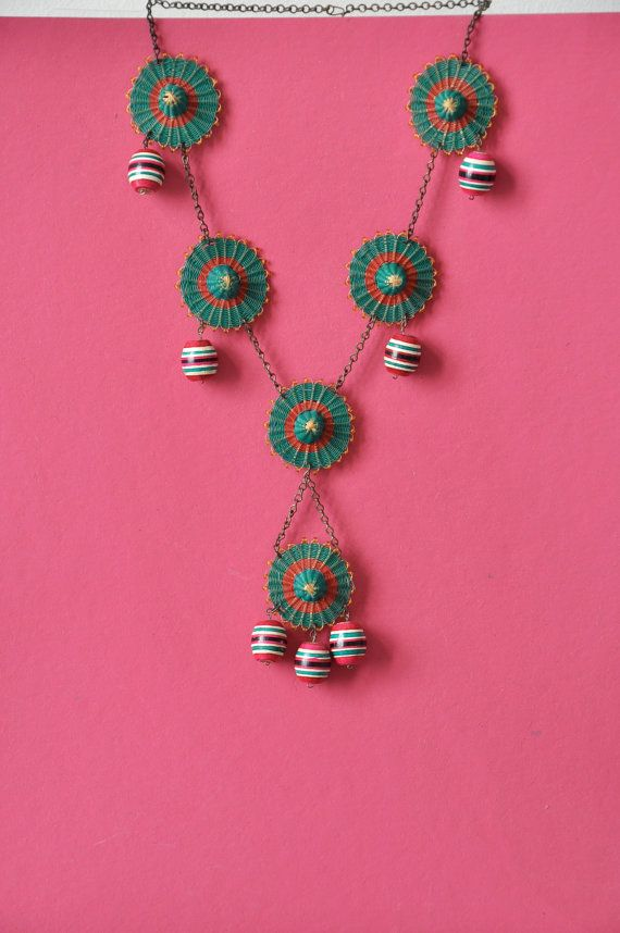 Sombrero mexican hat vintage necklace / woven / by Algurvintage