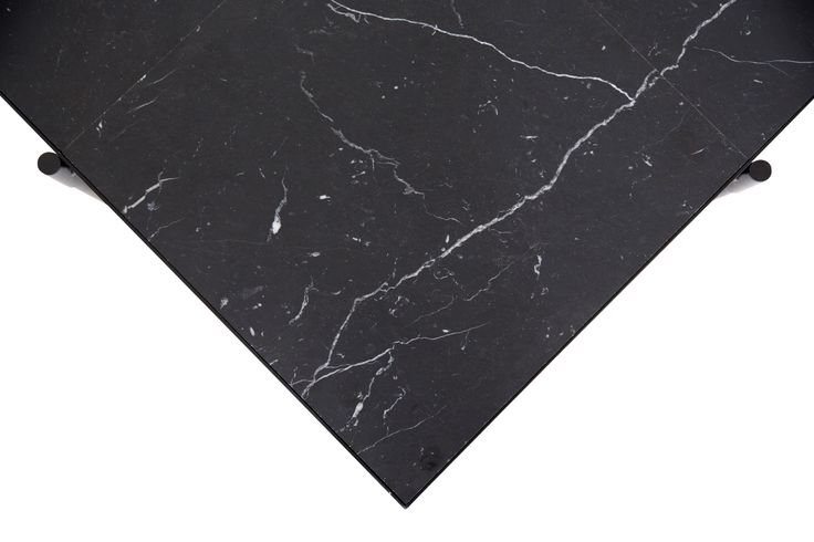 HANDVÄRK Coffee Table 90 // Black marble