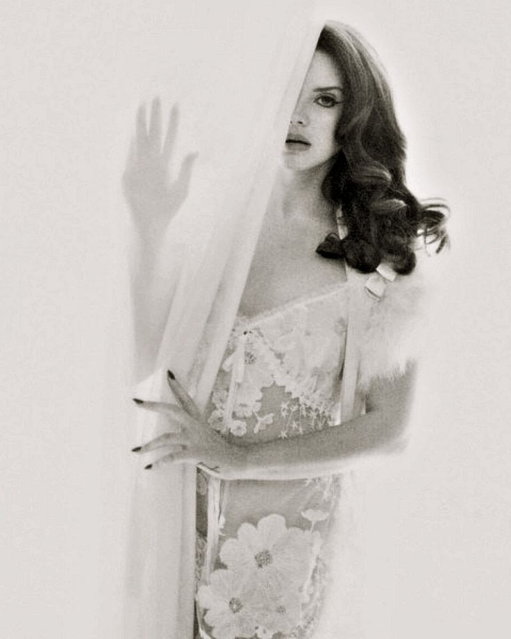 Lana Del Rey for MAXIM Magazine #LDR ♡♡♡♡♡