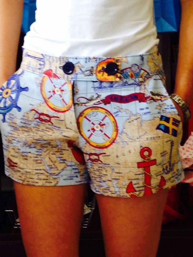 Pantalón corto loneta con dibujos marineros