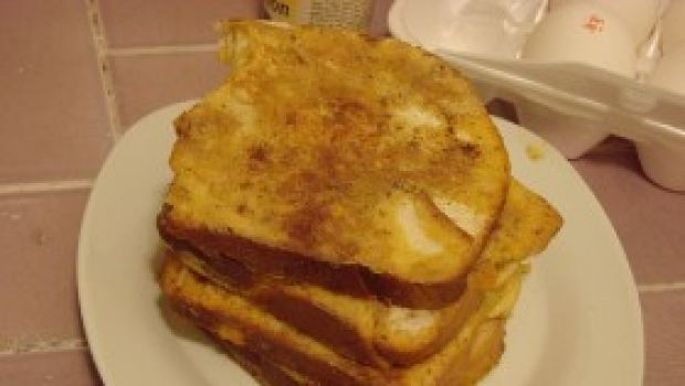 Ricetta facile: due varianti del french toast