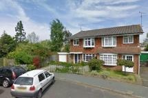£1,200 Available from the 7th December. New Move are delighted to present this 3 Bedroom family home located in a popular area of Lindfield with direct access to Lindfield Common. The features include a lounge/diner, kitchen, 3 bedrooms and a family bathroom. The property is unfurnished.