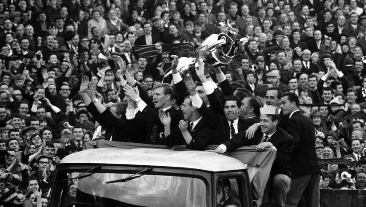 A lifetime of Celtic FC: 125 pics for 125 years   Lisbon Lions: The players parade the trophy around.   Galleries   Sport   STV