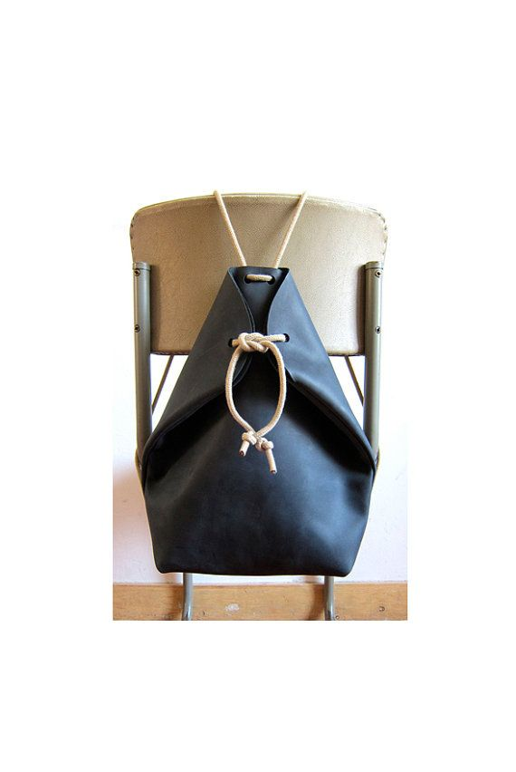 minimal rucksack charcoal black by chrisvanveghel on Etsy, €265.00