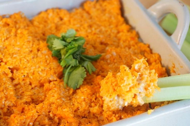 <p>Root for your team and please your guest with this creamy, spicy and totally awesome dip.</p>