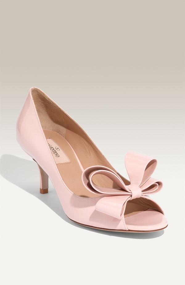 Valentino kitten heels blush | Shoes! | Pinterest | Kitten heels ...