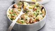 Κοτόπουλο με μανιτάρια και πένες σε σάλτσα κρασιού μουστάρδας
