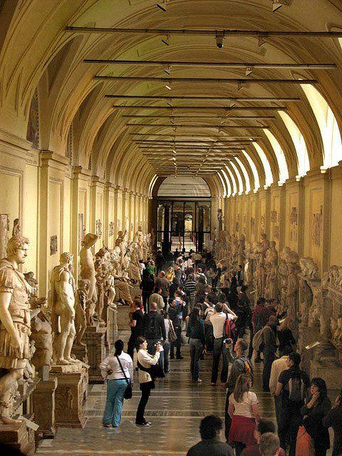 Hall Of Statues Vatican Museum Vatican City Places I